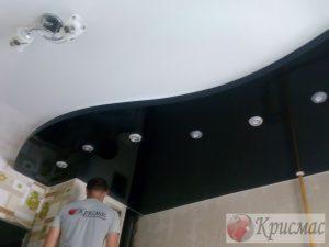 Двухуровневый потолок с зонированием и подсветкой