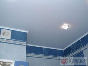 Матовый натяжной потолок в санузел