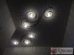Стильная комбинация подсветки и фотопечати