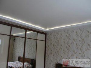 Белый матовый парящий потолок
