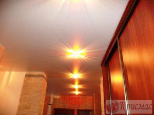 Матовый белый потолок