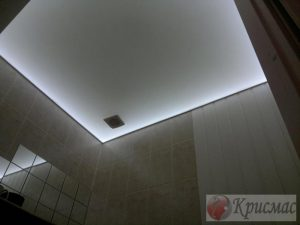 Парящий потолок в ванную