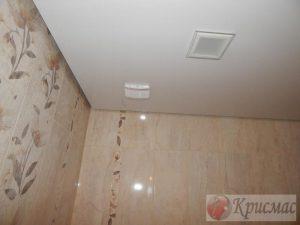Матовый потолок ванная комната