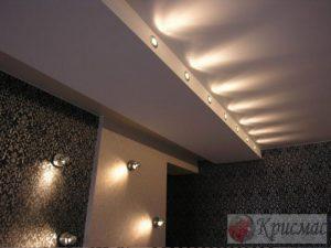 Двухуровневый потолок со сложной позсветкой