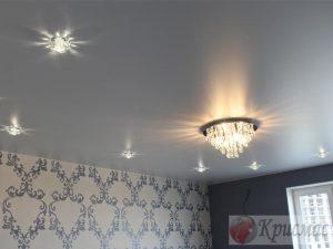 Матовый потолок с комбинированной подсветкой