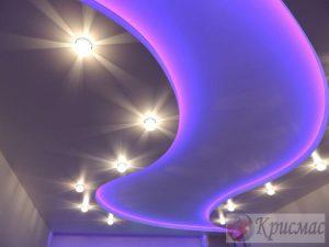 Парящий потолок с посветкой