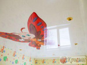 Глянцевый потолок с фотопечатью в детской