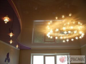 Двухуровневый потолок с зональной подсветкой